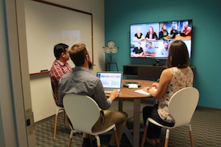 Huddle up – How to Get the Most out of Small Meeting Rooms